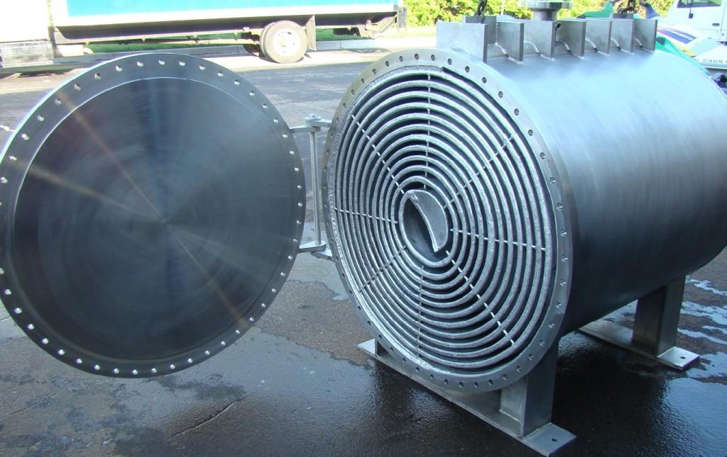 Спиральный теплообменник производство Кожухотрубный испаритель WTK QFE 1400 Чебоксары